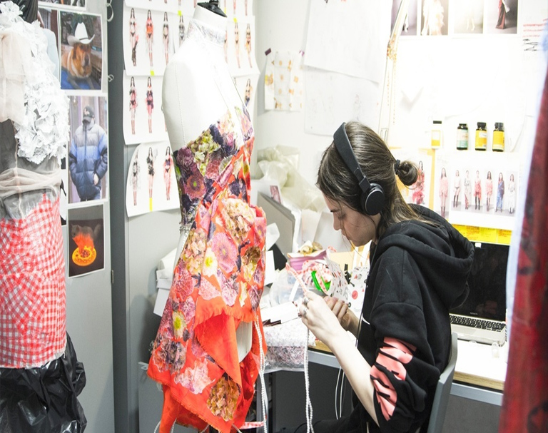 Bachelors In Fashion Designing